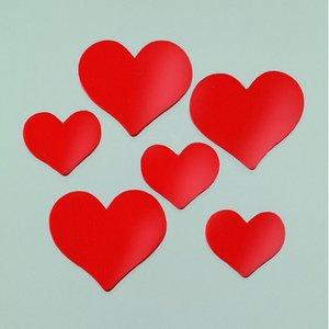 Billigtpyssel.se | Dekor trä 24 x 21 / 35 x 30 mm - röda 24 st. hjärtan blandade