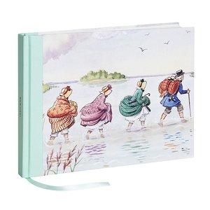 Billigtpyssel.se | Gästbok Tanterna och Farbror Blå - 25 x 19 cm
