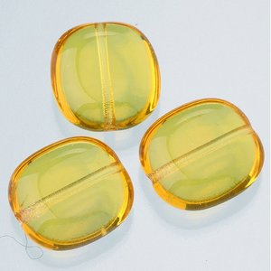Billigtpyssel.se | Glaspärlor 17 x 16 mm - topas 4 st. nr 0