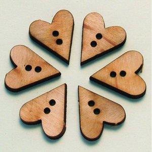 Billigtpyssel.se | Knapp - trä 6 st. Enkla hjärtan - 2