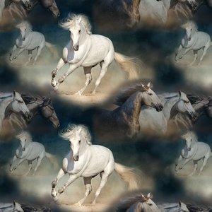 Billigtpyssel.se   Mönstrad Trikå 150 cm - Hästen Matilda