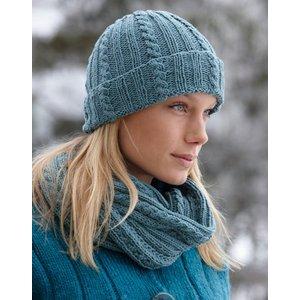 Billigtpyssel.se | Stickmönster - Flätstickad mössa och halsduk
