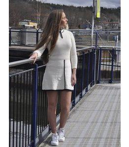 Billigtpyssel.se | Stickmönster - Klänning