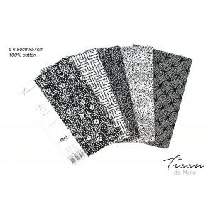 Tissu de Marie Fat Quarter Neutral Blomma 50x57cm - 5 st.